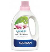 Кондиционер для белья с запахом цветов Sodasan 750 мл
