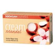 Мыло-крем для лица Миндаль с маслами ши и миндаля Sodasan 100 г